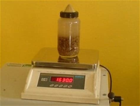 Tester By Limousine Liquid properties and testing of aggregates for pavement works