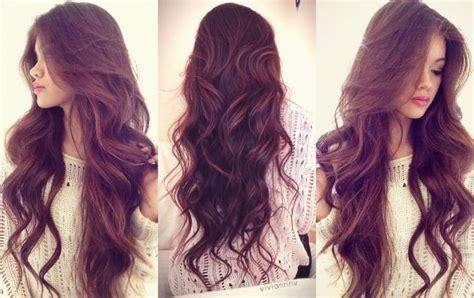4 astuces pour transformer vos cheveux gras en chevelure
