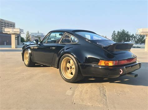 widebody porsche 911 bangshift com this 1984 porsche 911 carrera wide body rs