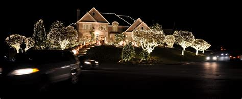 white lights on house images including the kingdom of kilowatts