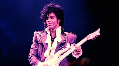 Biography Of The Artist Prince | prince biography rolling stone