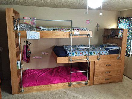 bedrooms with bunk beds best 25 bunk beds ideas on bunk