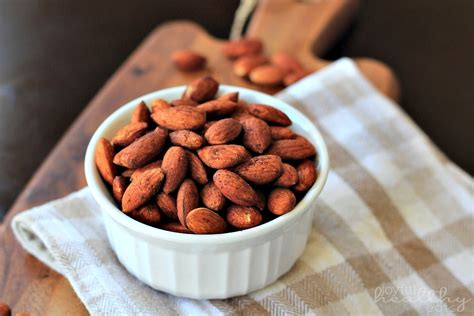 cinnamon toasted almonds healthy snack