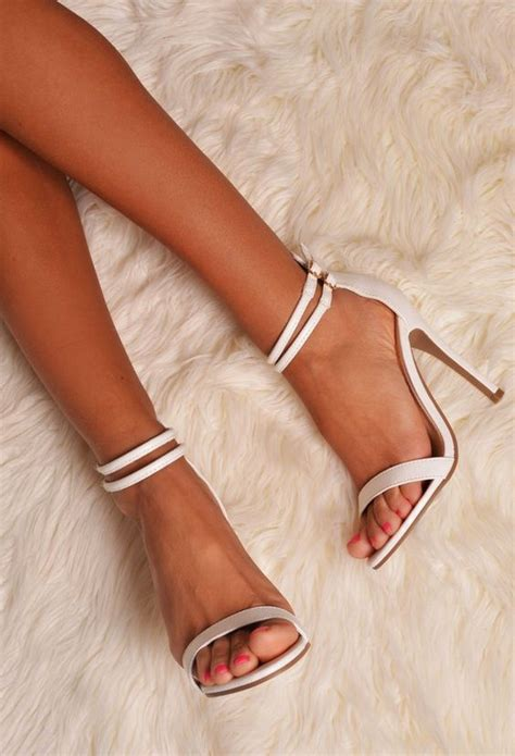 gorgeous wedding shoes youll love