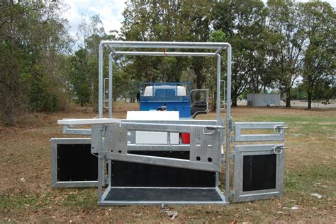 mobile crush mobile vet crush trailer 7 pbl trailers and floats