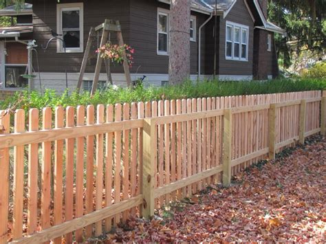 ear fence pickets ear picket fences pioneer fence company