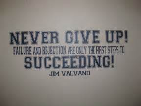 Never Give Up Jim Valvano Motivating Quote by ...