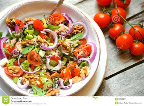 Sesame Seed Detox by Detox Food With Veggie Salad With Tomato And Walnuts