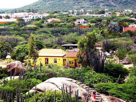 aruba cunucu 17 best images about aruba one happy island on renaissance restaurant