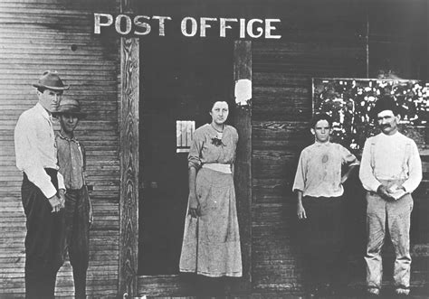 Saline Post Office by Contents