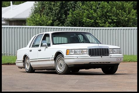 1991 lincoln town car mpg 1991 lincoln town car blue 200 interior and exterior images