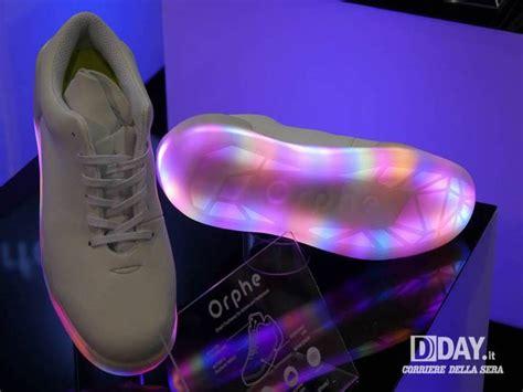 scarpe si illuminano scarpe si illuminano