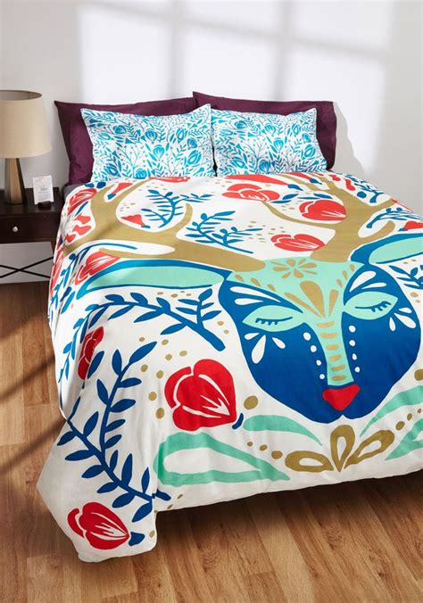 modcloth bedding 17 best images about bedroom on pinterest diy headboards master bedrooms and