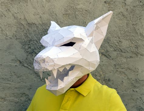 Papercraft Wolf Mask - make your own mask papercraft