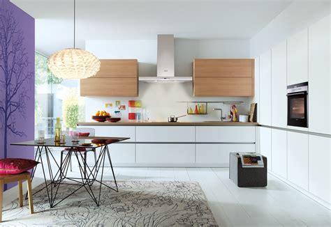 Preiswerte Einbauküchen Mit Elektrogeräten by Wohnzimmer T 252 Rkis