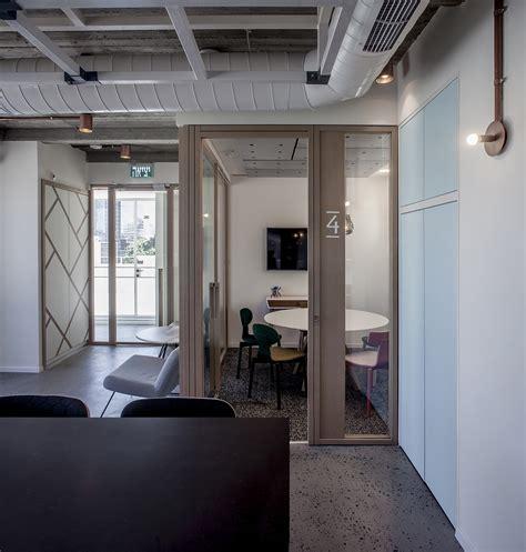 tel aviv office a tour of aleph s modern tel aviv office officelovin