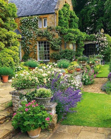 Pinterest Garden Ideas Uk 25 Best Ideas About Gardens On Pinterest Cottage Gardens Country Gardens And