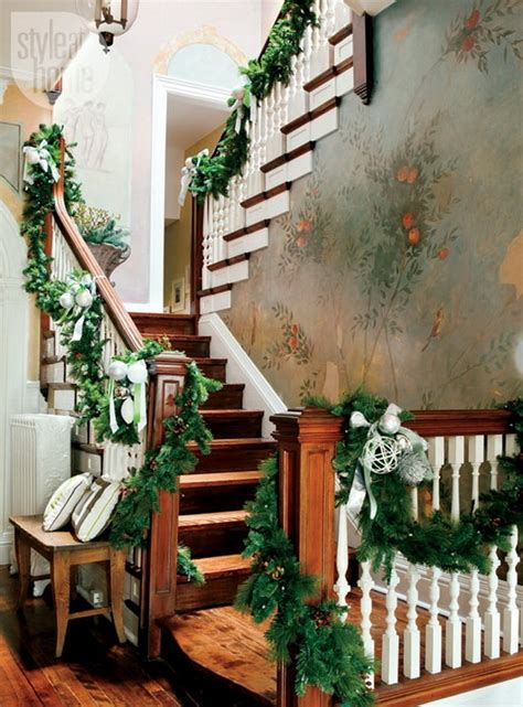 how to decorate the stairs on christmas room decorating