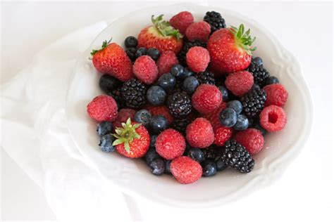 fruit vs berry cavsconnect 6 healthy snacks for school