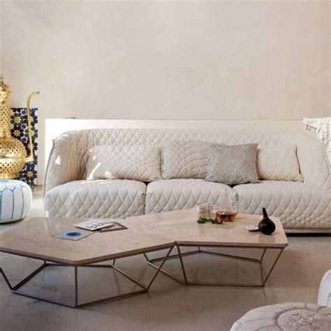 salon moderne joli canape blanc ideeco