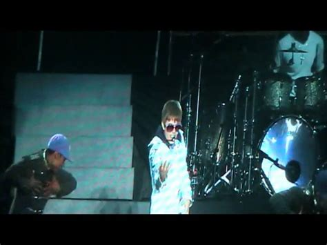 justin bieber my world songs youtube justin bieber my world tour malaysia love me opening