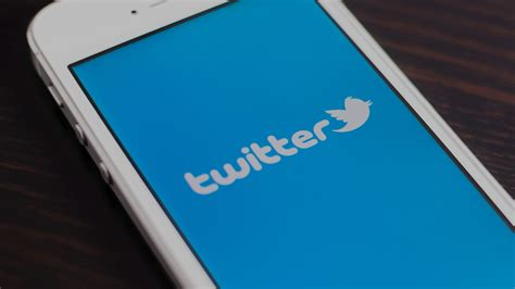 twiter mobile courts mobile developers with quot flight quot conference