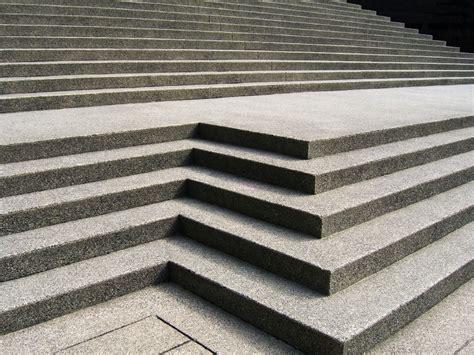 g nstige treppengel nder betontreppe preis treppenbelag f r ihre betontreppe ein
