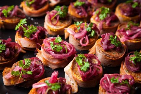 top 6 christmas catering ideas for 2017 cuisine on cue