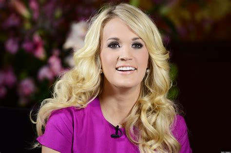 famous celebs from oklahoma celebrities react to oklahoma tornado carrie underwood