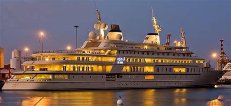 Salamah Maxi top 5 des plus grands et plus beaux yachts de 2014