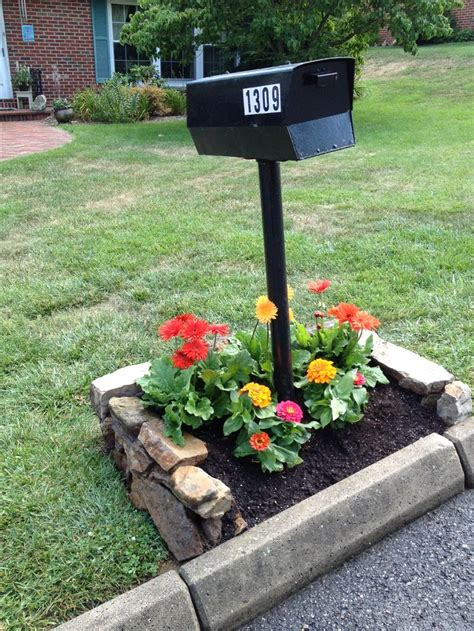 Mailbox Garden Ideas Flowers Around Mailbox Change With Seaons Found Rock For