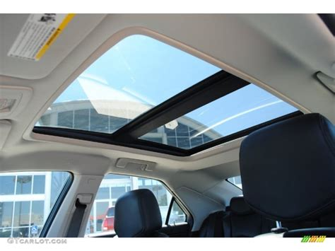 Cadillac Cts Sunroof by 2008 Cadillac Cts Lava Edition Sedan Sunroof Photo