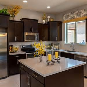 kitchen decorating ideas with accents 25 best ideas about yellow kitchen decor on