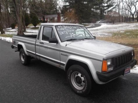 comanche jeep 4 door find used 1989 jeep comanche pioneer standard cab 2