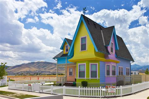 2200 Square Foot House by 5 Fictional Homes That Exist In Real Life Primary