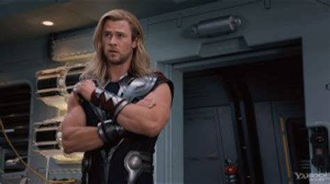 how much can chris hemsworth bench chris hemsworth workout secrets behind thor savvy strength
