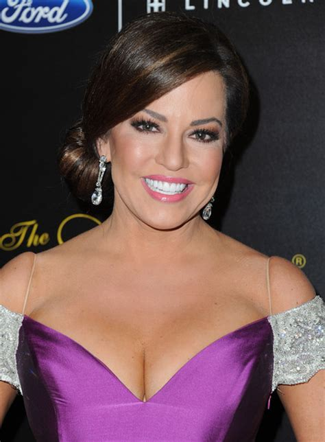 beautiful news top 10 most beautiful female news anchors in 2015