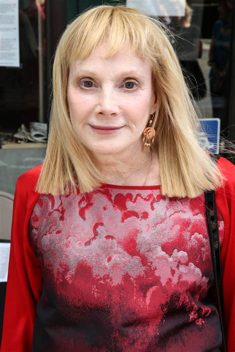 sondra locke how old sondra locke dies of cancer at 74 ew