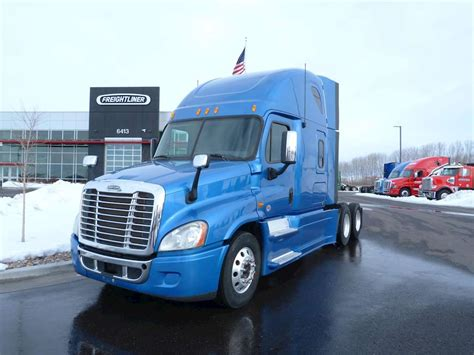 Freightliner With Sleeper by 2013 Freightliner Cascadia 125 Sleeper Truck For Sale