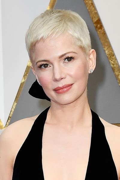 Michelle Williams Pixie   Short Hairstyles Lookbook