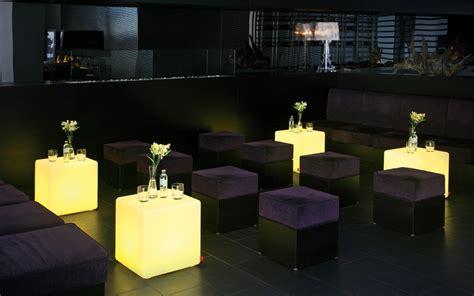 Leuchtender Tisch