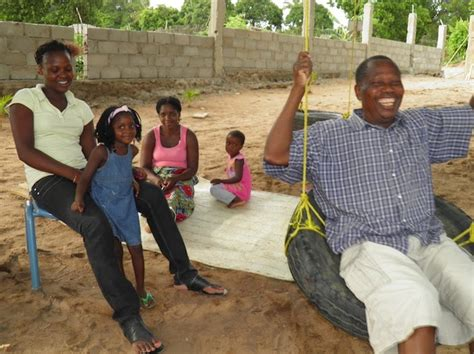 vana vana daddy life in mozambique victor s family bbq
