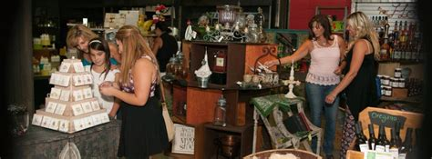 Shopping Things To Do Lancaster Things To Do In Lancaster Ca Destination Lancaster