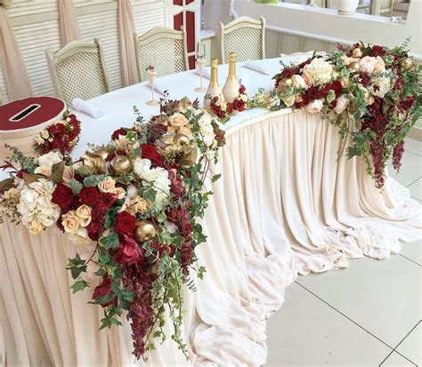 Sweetheart Decorations by Best 25 Sweetheart Table Decor Ideas On