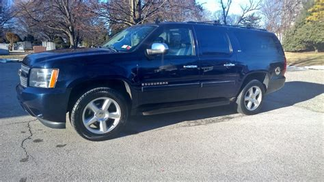 chevy suburban blue chevrolet suburban questions i have 2nd row captain