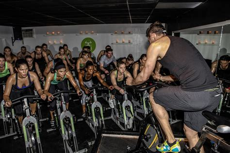 Spinning Cycling House | best spinning indoor cycling classes in los angeles