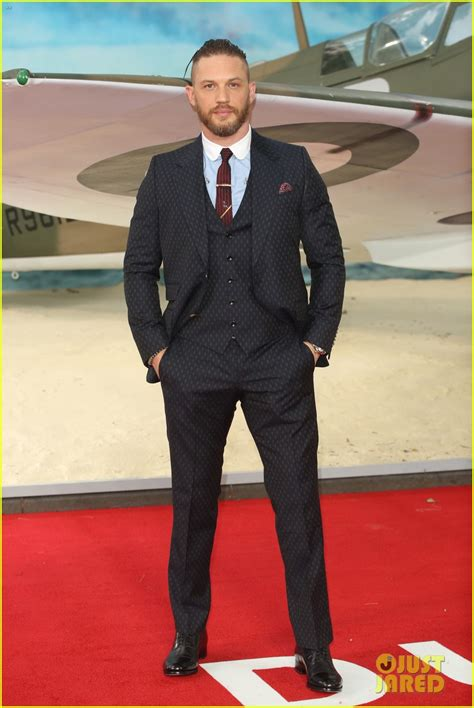 film dunkirk showing in london harry styles joins tom hardy dunkirk cast at london