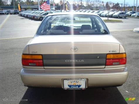 1995 Toyota Corolla Dx 1995 Pebble Beige Metallic Toyota Corolla Dx Sedan
