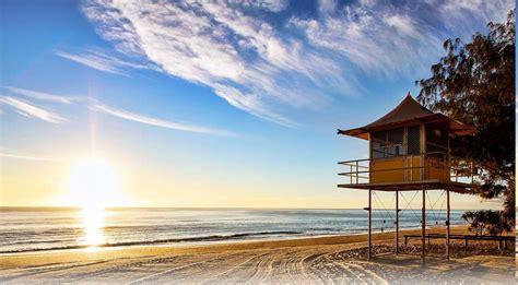 vintage wallpaper gold coast beach sunrise lifeguard stands sand trees australia