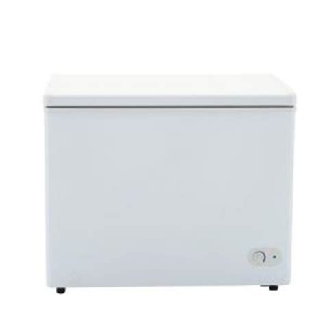 danby 7 2 cu ft chest freezer in white dcf072a2wdb1